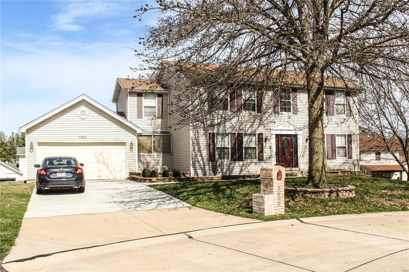 3933 Sport Of Kings Road Property Photo - Florissant, MO real estate listing