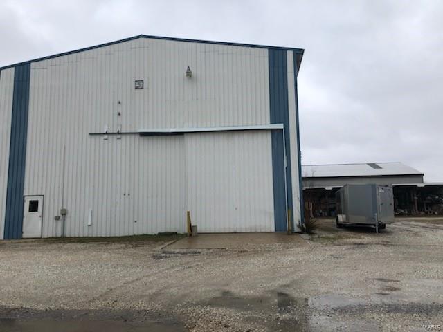 1204 Beatty Mound Road Property Photo - Jerseyville, IL real estate listing