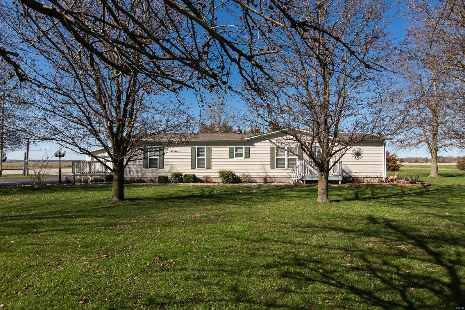 2664 Main Avenue Property Photo - Fayetteville, IL real estate listing