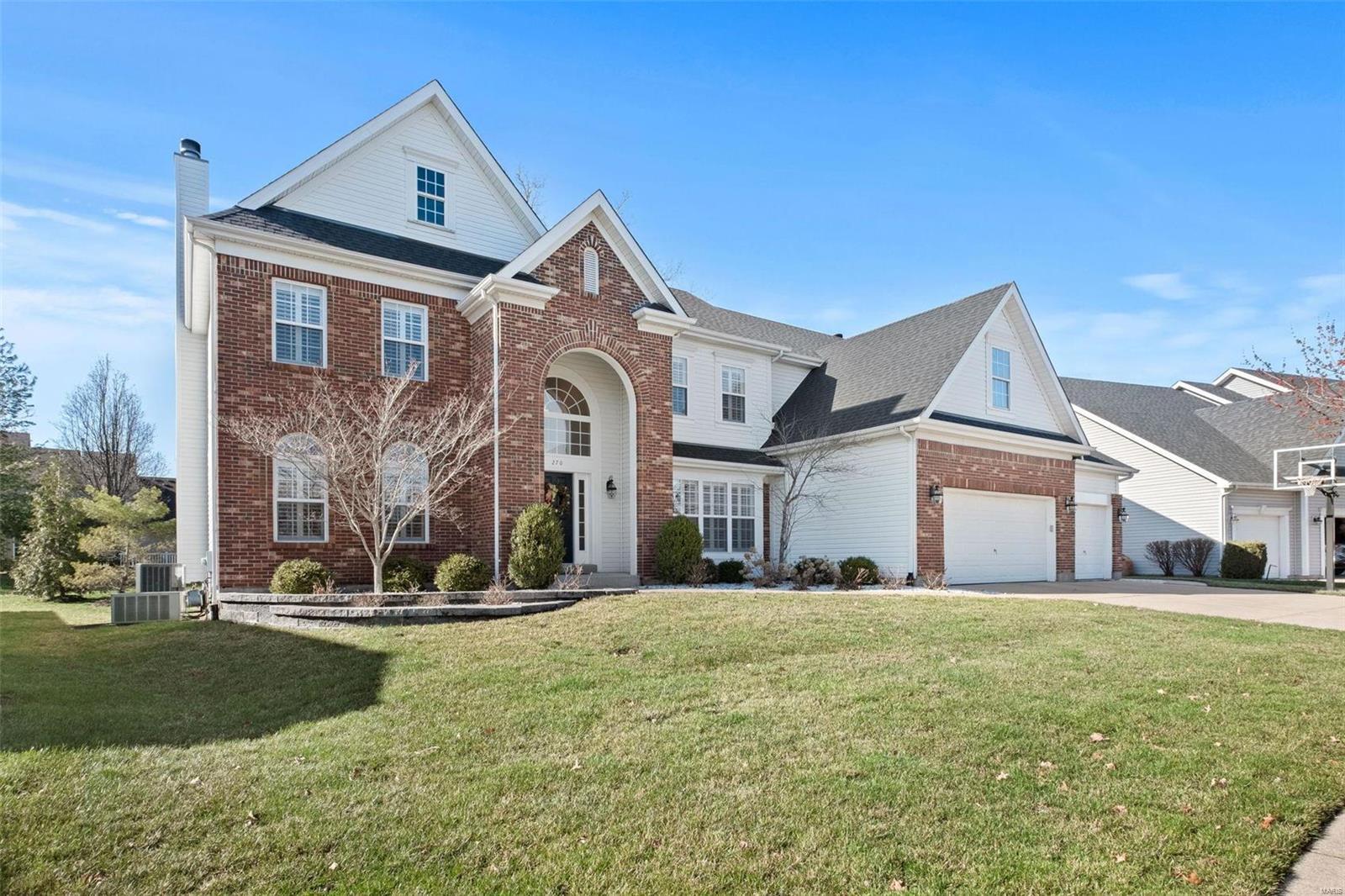 270 Bountiful Pointe Circle Property Photo - Wildwood, MO real estate listing