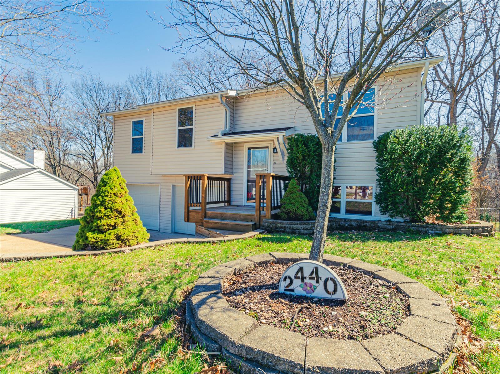 2440 Sue Lynn Drive Property Photo