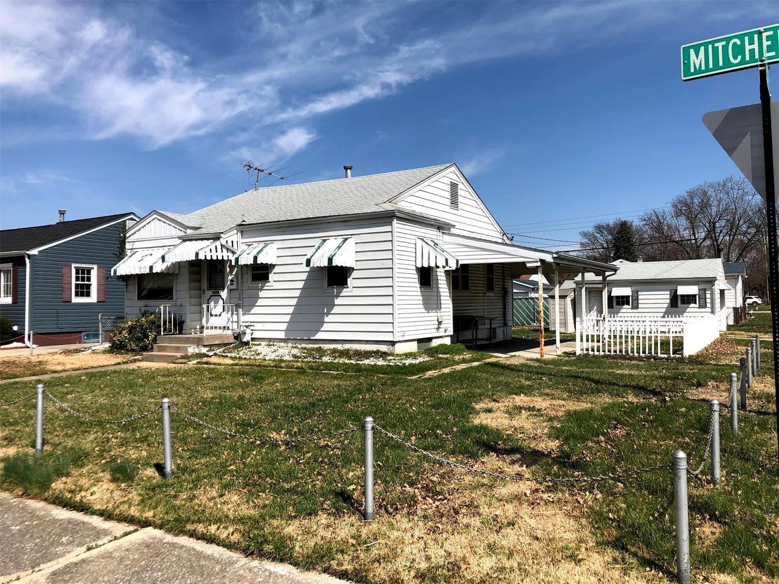 1633 Mitchell Avenue Property Photo - Granite City, IL real estate listing