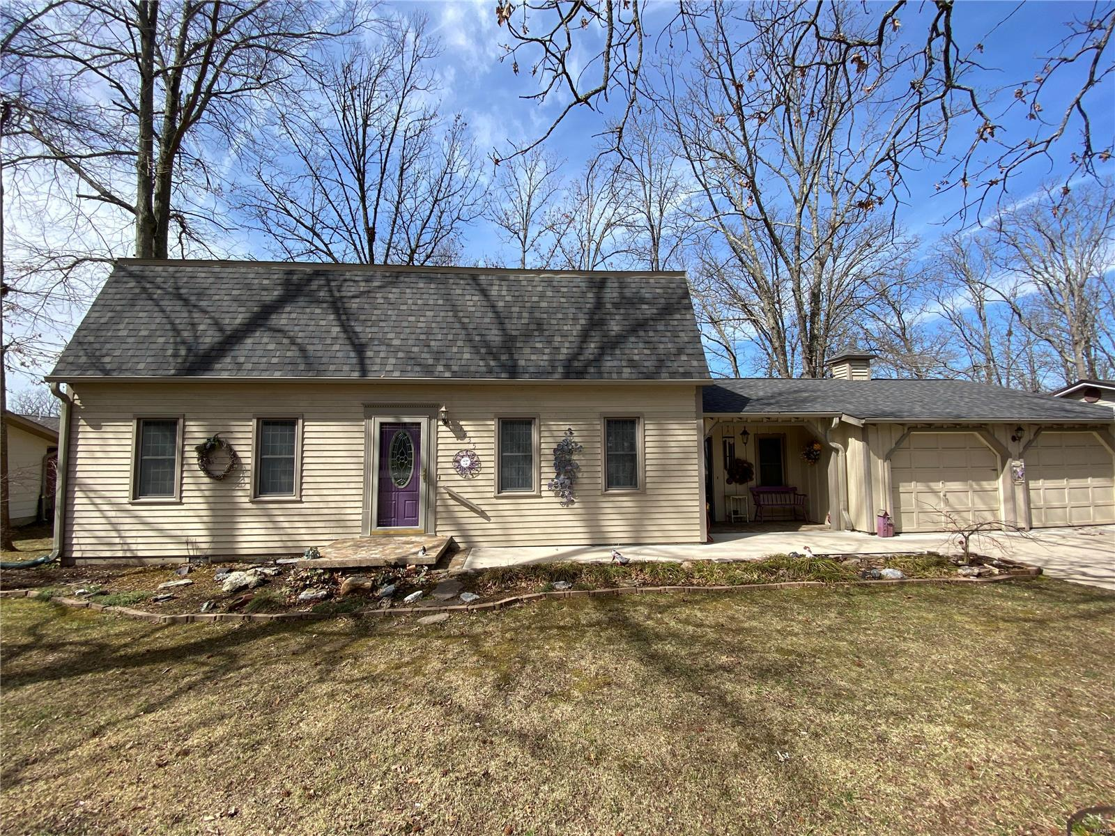 1235 W Crest Drive Property Photo - Houston, MO real estate listing