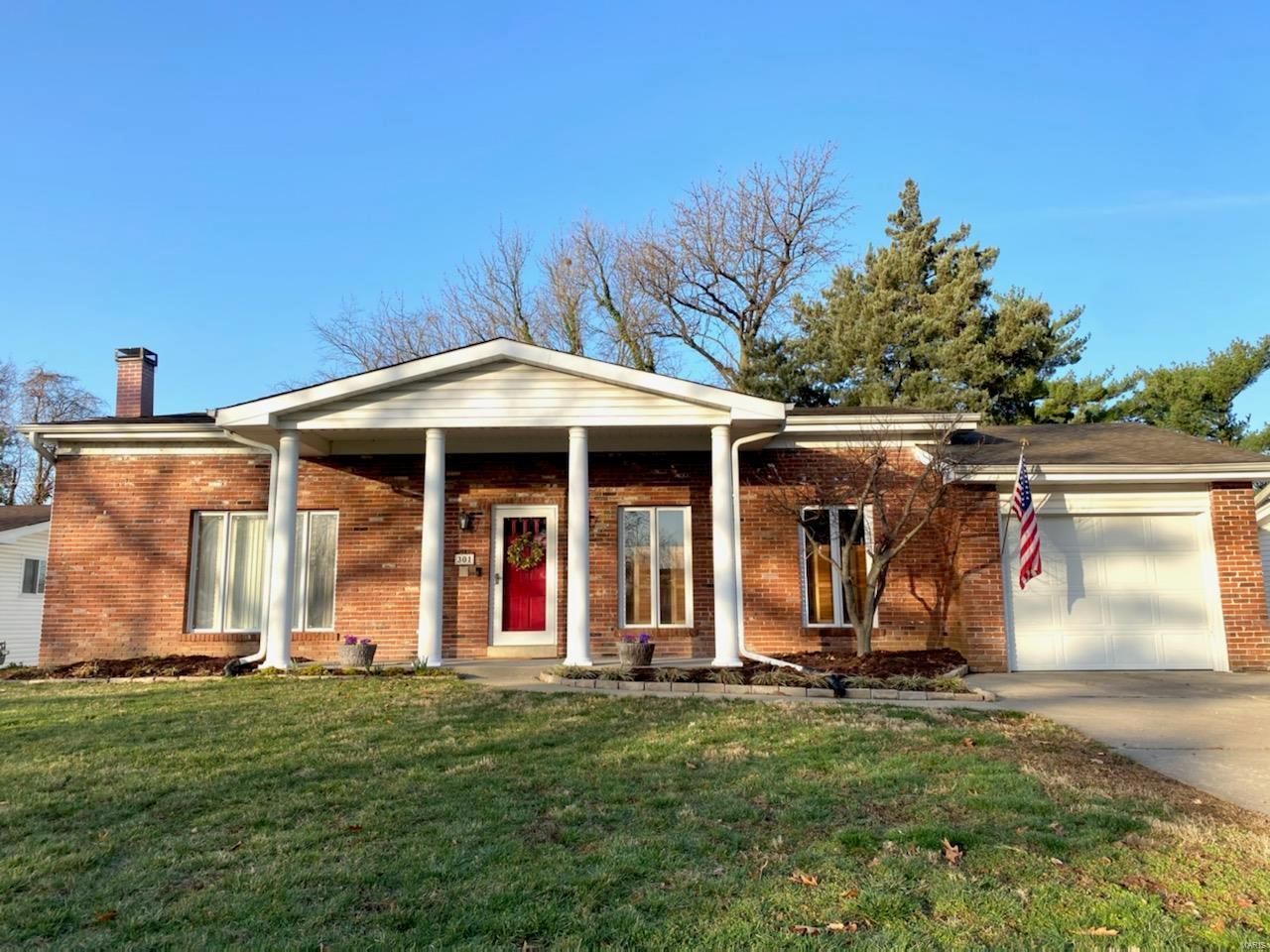 301 Pralle Lane Property Photo - St Charles, MO real estate listing