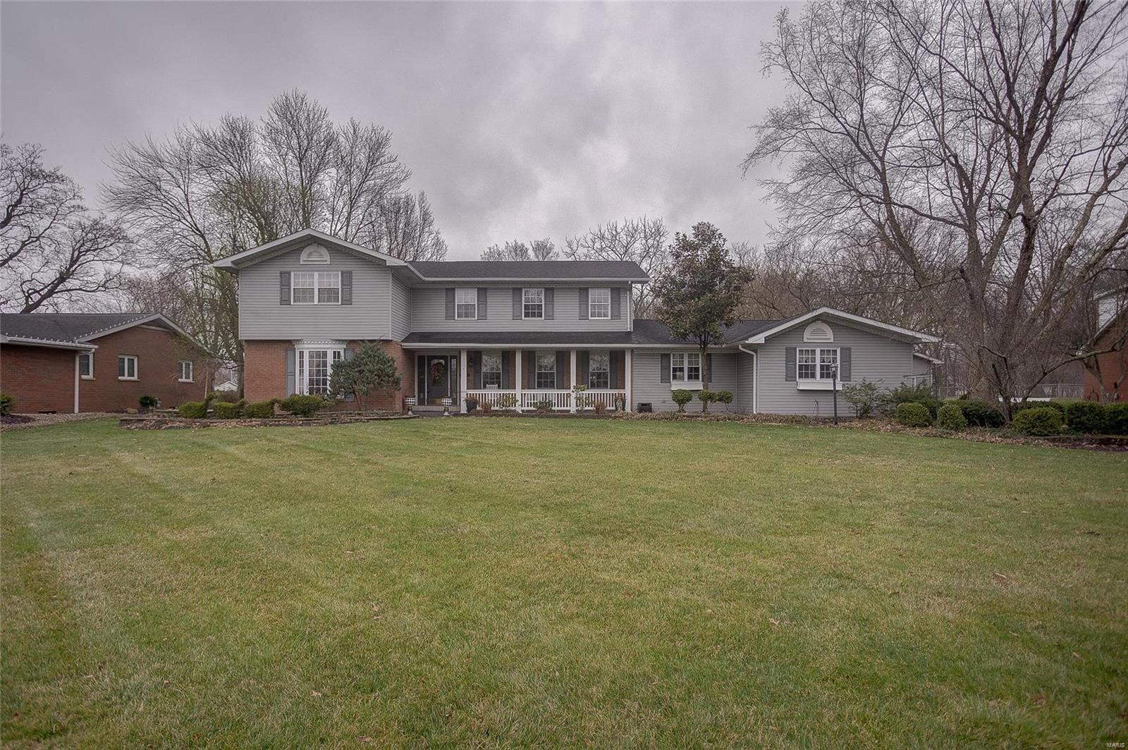 604 Hollow Avenue Property Photo - Jerseyville, IL real estate listing