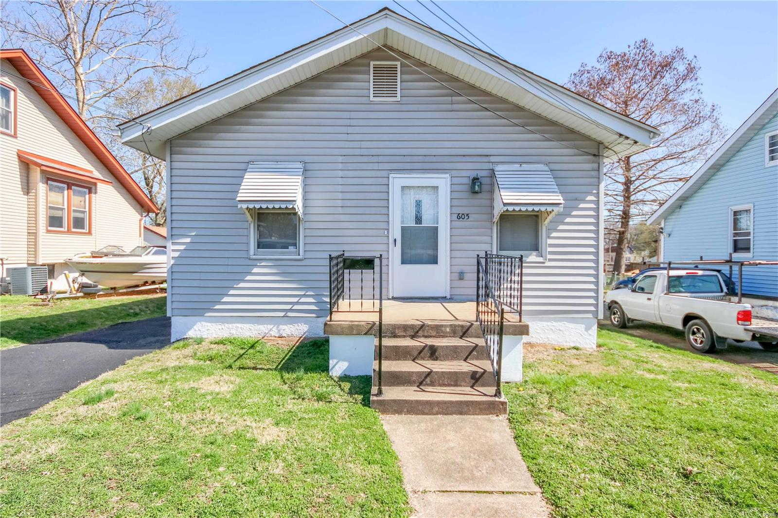 605 Weiss Avenue Property Photo - St Louis, MO real estate listing