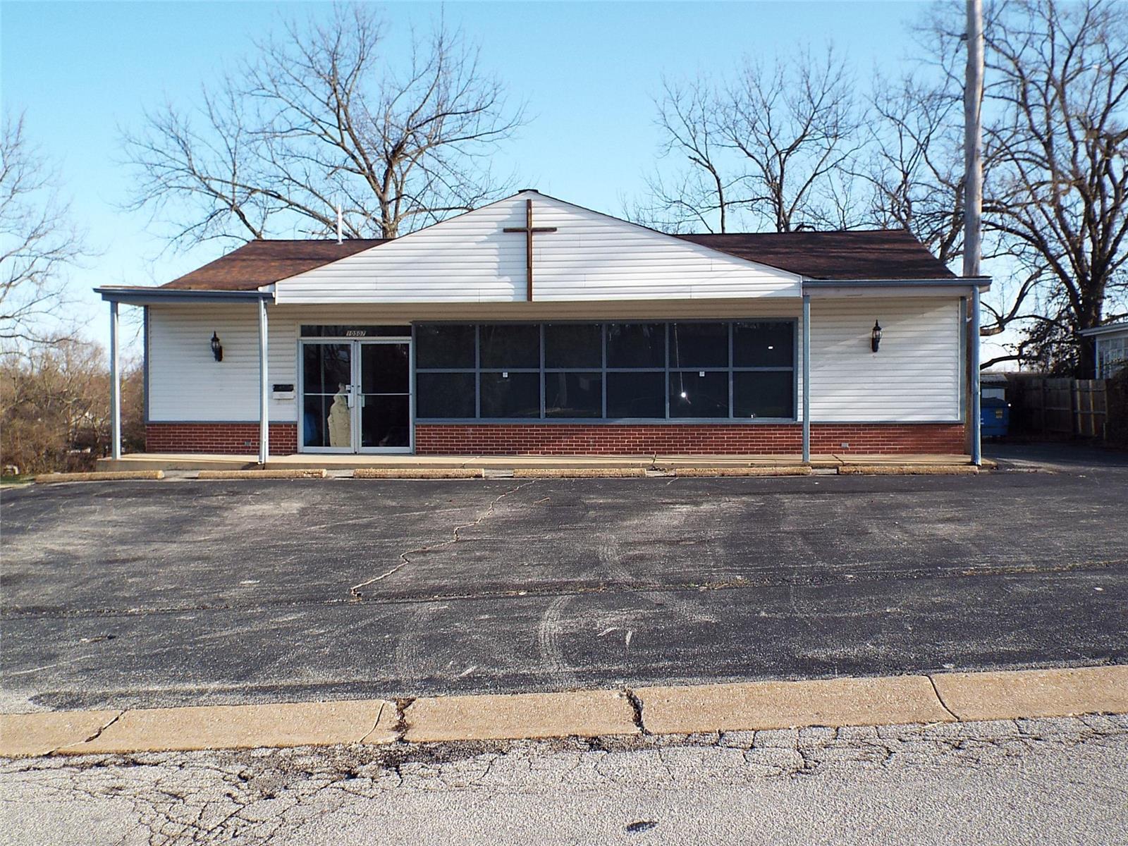 10507 Litz Avenue Property Photo - St Ann, MO real estate listing