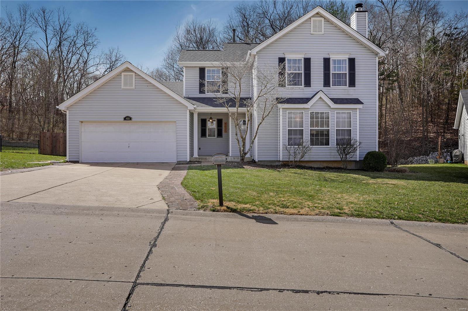4635 Greenore Property Photo