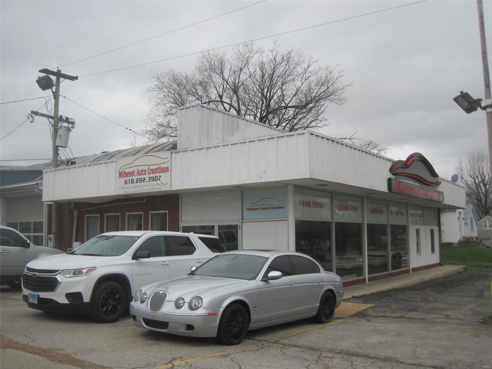 500 West Market Property Photo - Red Bud, IL real estate listing