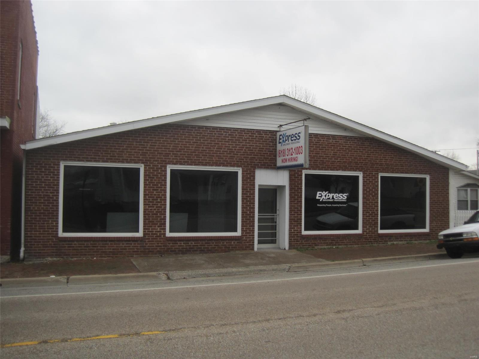 218 N Main Property Photo - Red Bud, IL real estate listing