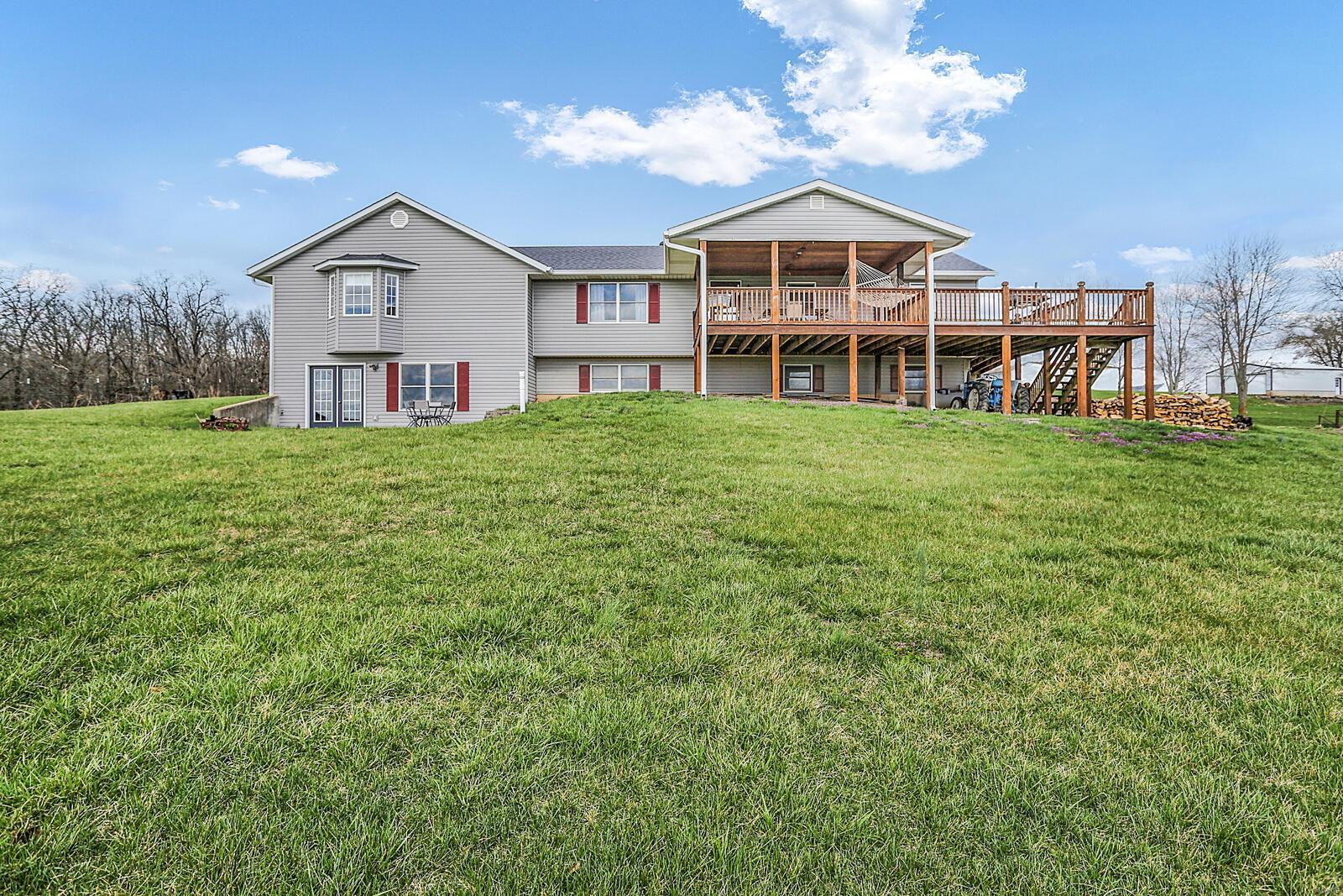 114 Shady Lake Drive Property Photo - New Haven, MO real estate listing