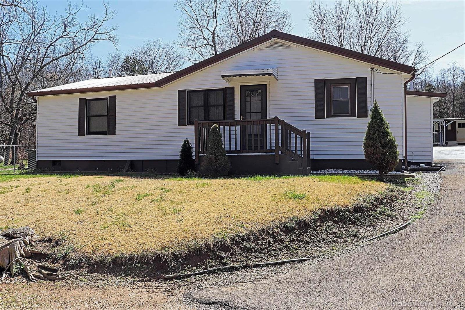 10183 Oxley Property Photo - Mineral Point, MO real estate listing