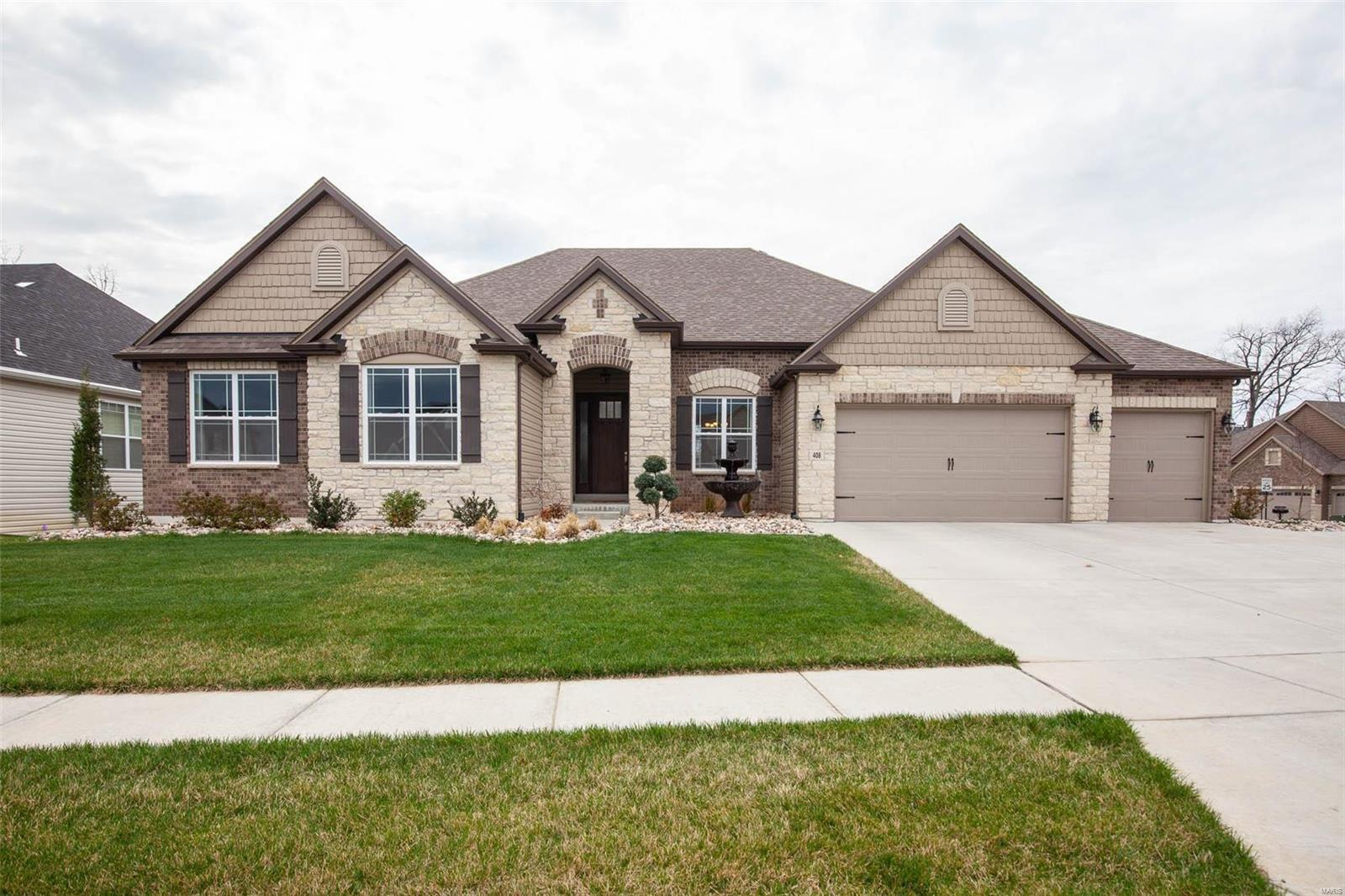 408 Hamlet Court Property Photo - Lake St Louis, MO real estate listing