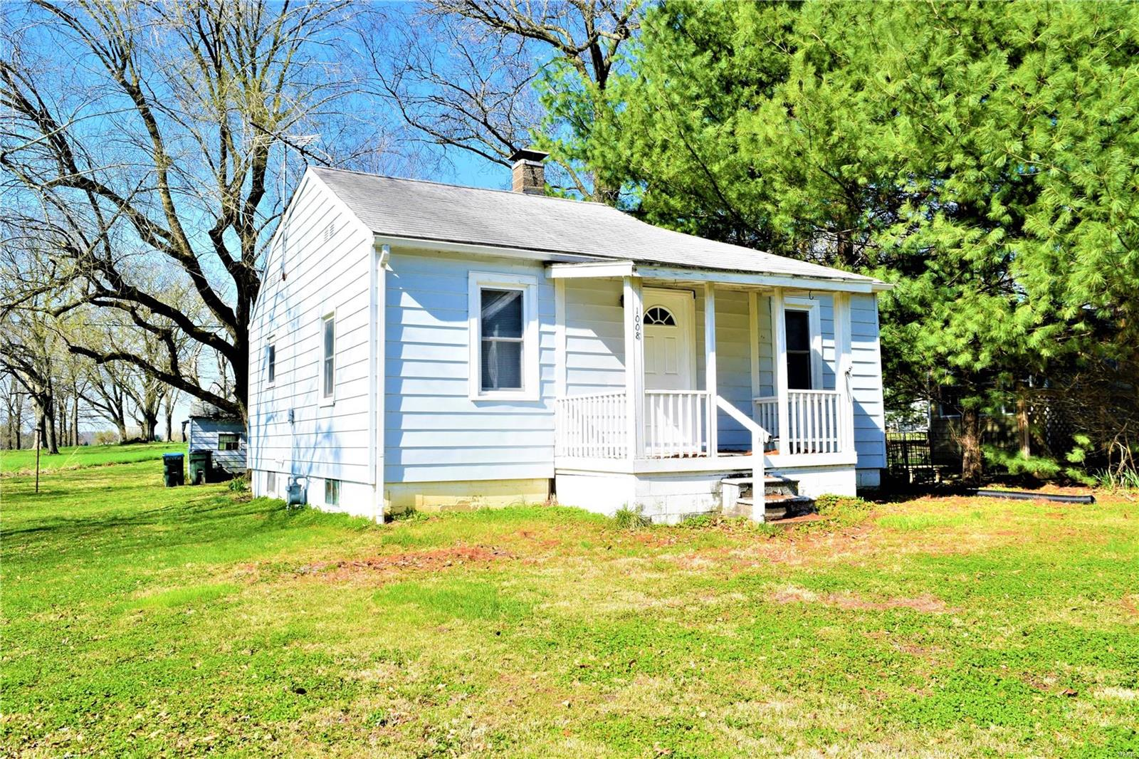 1008 Old Baldwin Road Property Photo - New Athens, IL real estate listing