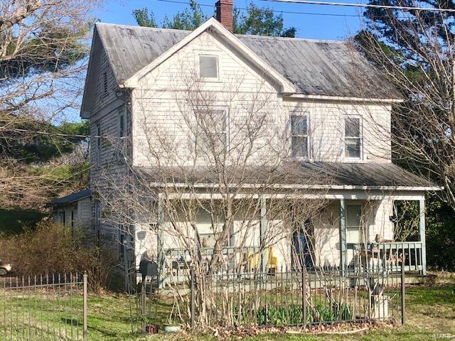 110 Walnut Property Photo 1