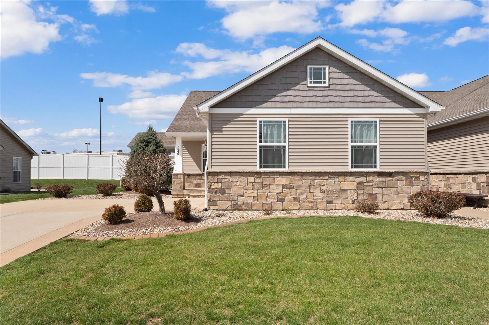 525 N Edison Street Property Photo - Freeburg, IL real estate listing
