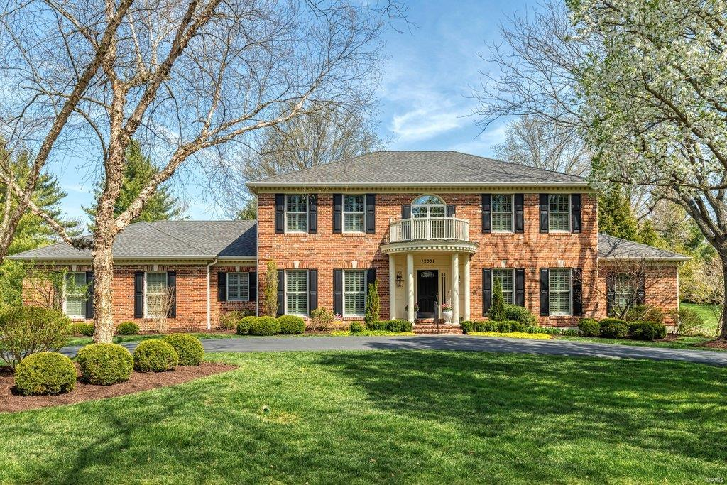 12001 Chaltenham Drive Property Photo - Des Peres, MO real estate listing