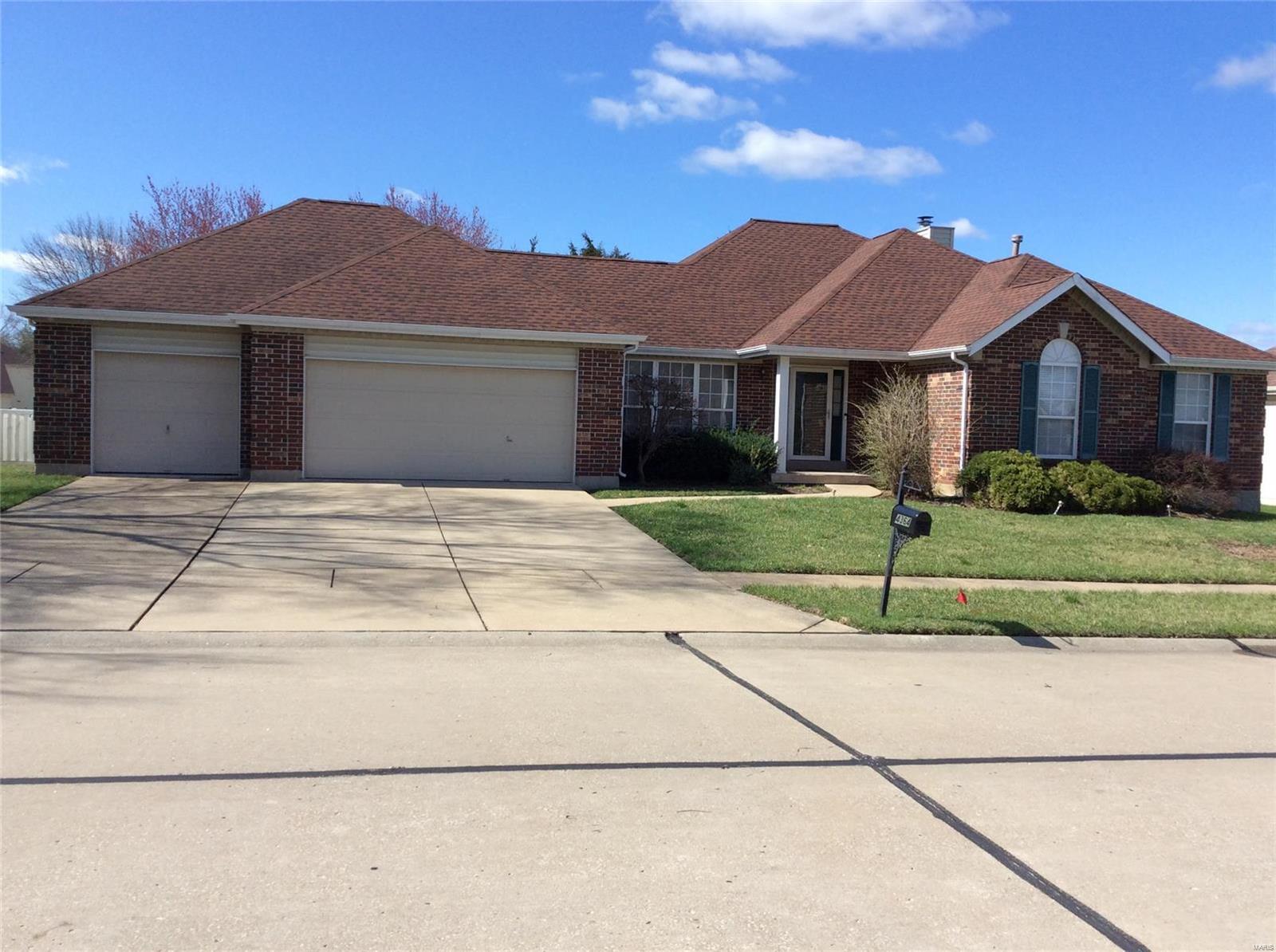 4364 Margaret Ridge Drive Property Photo - Florissant, MO real estate listing
