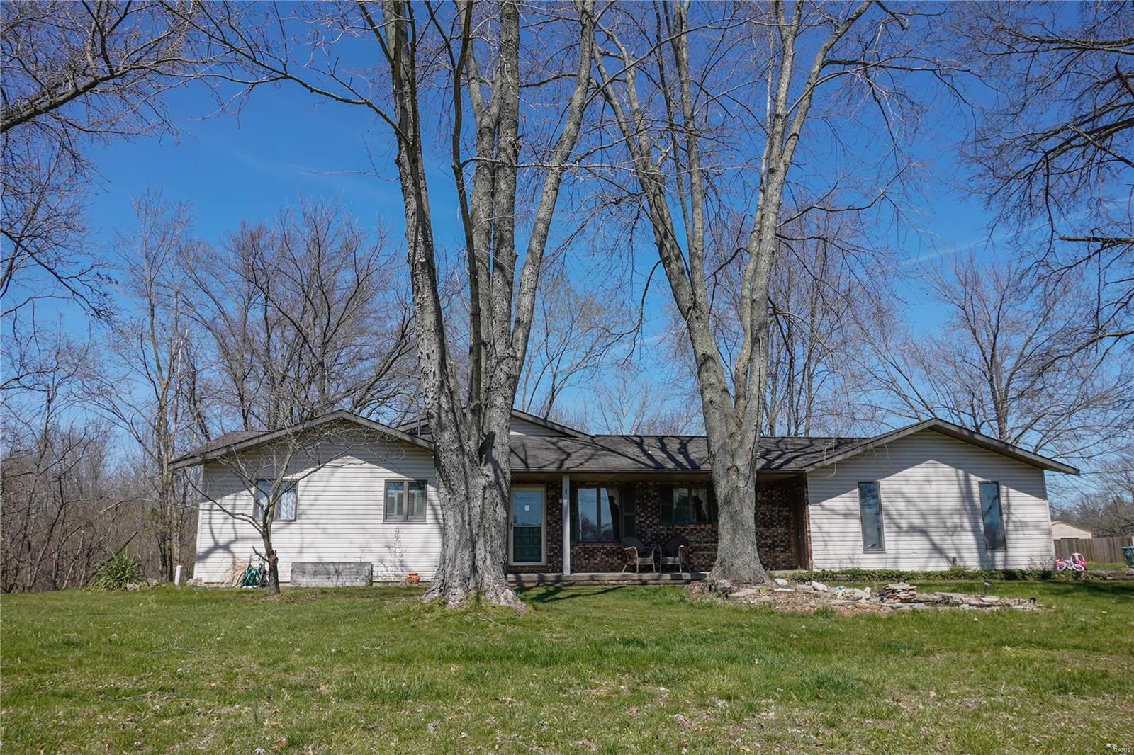 11225 Mayer Road Property Photo - Marine, IL real estate listing
