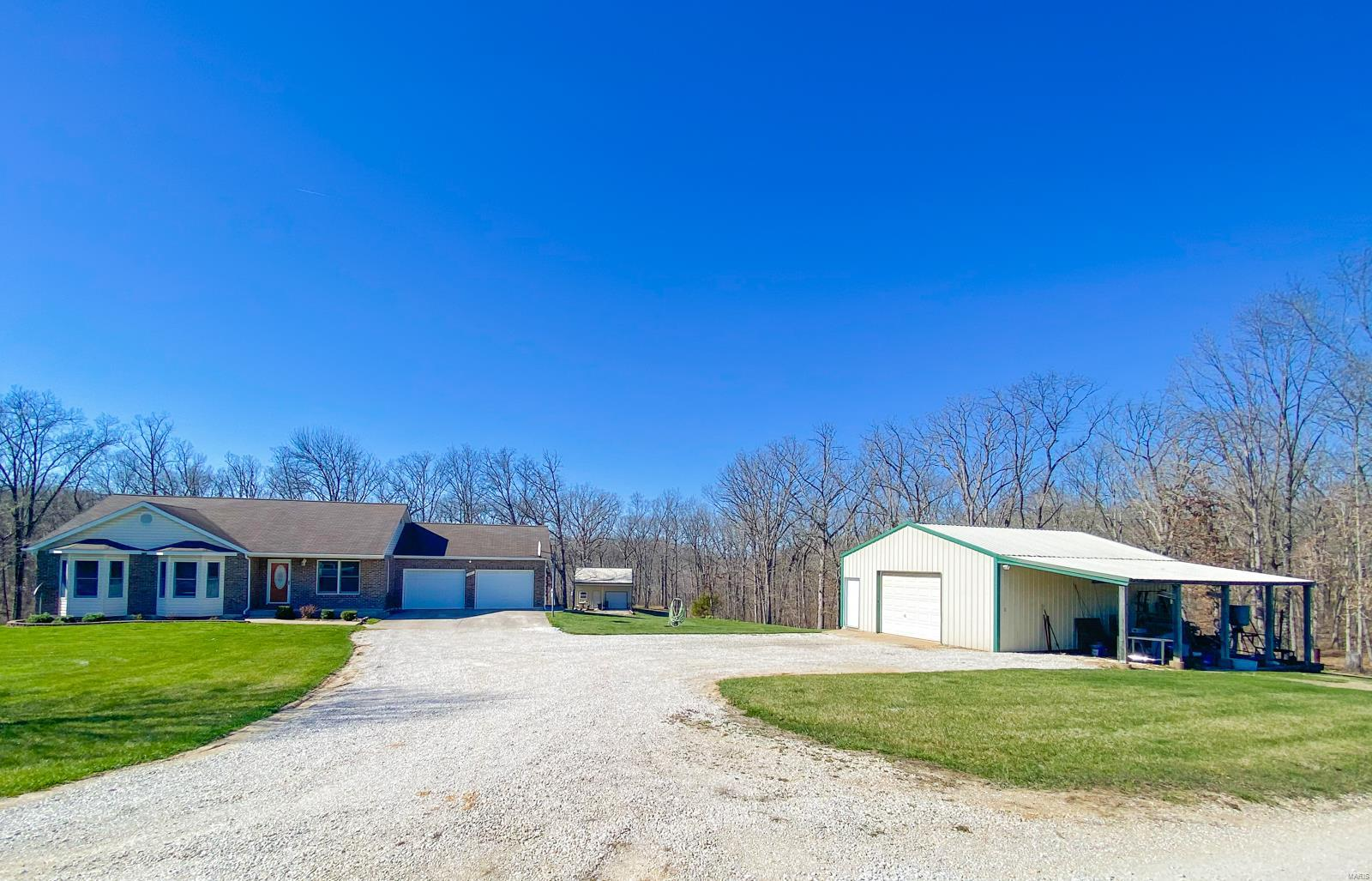 27 Zips Road Property Photo - Hawk Point, MO real estate listing