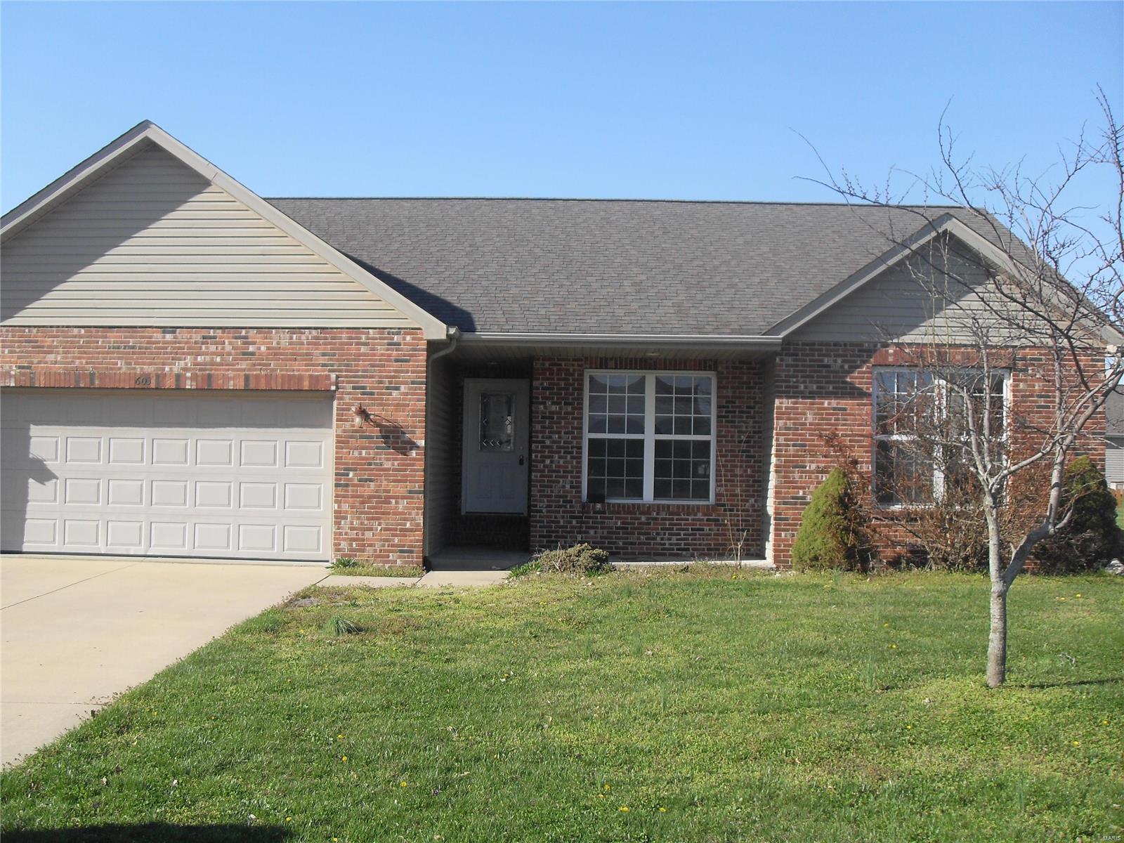 603 Briarwood Drive Property Photo - Albers, IL real estate listing