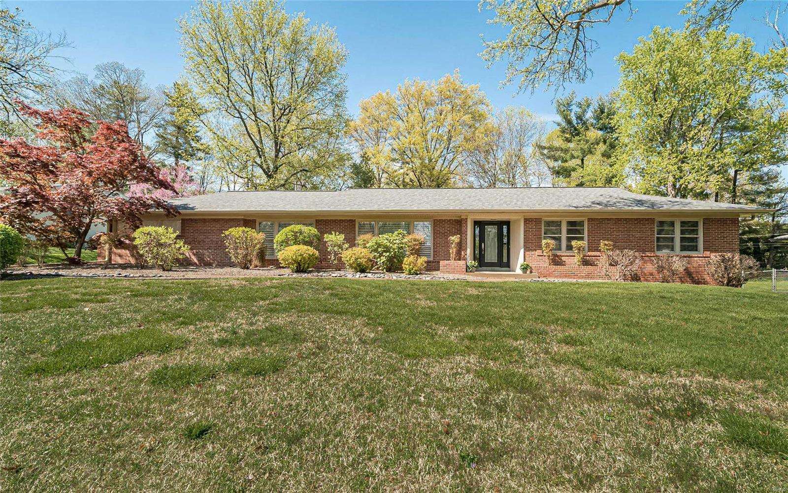 5 Spoede Hills Drive Property Photo - Creve Coeur, MO real estate listing