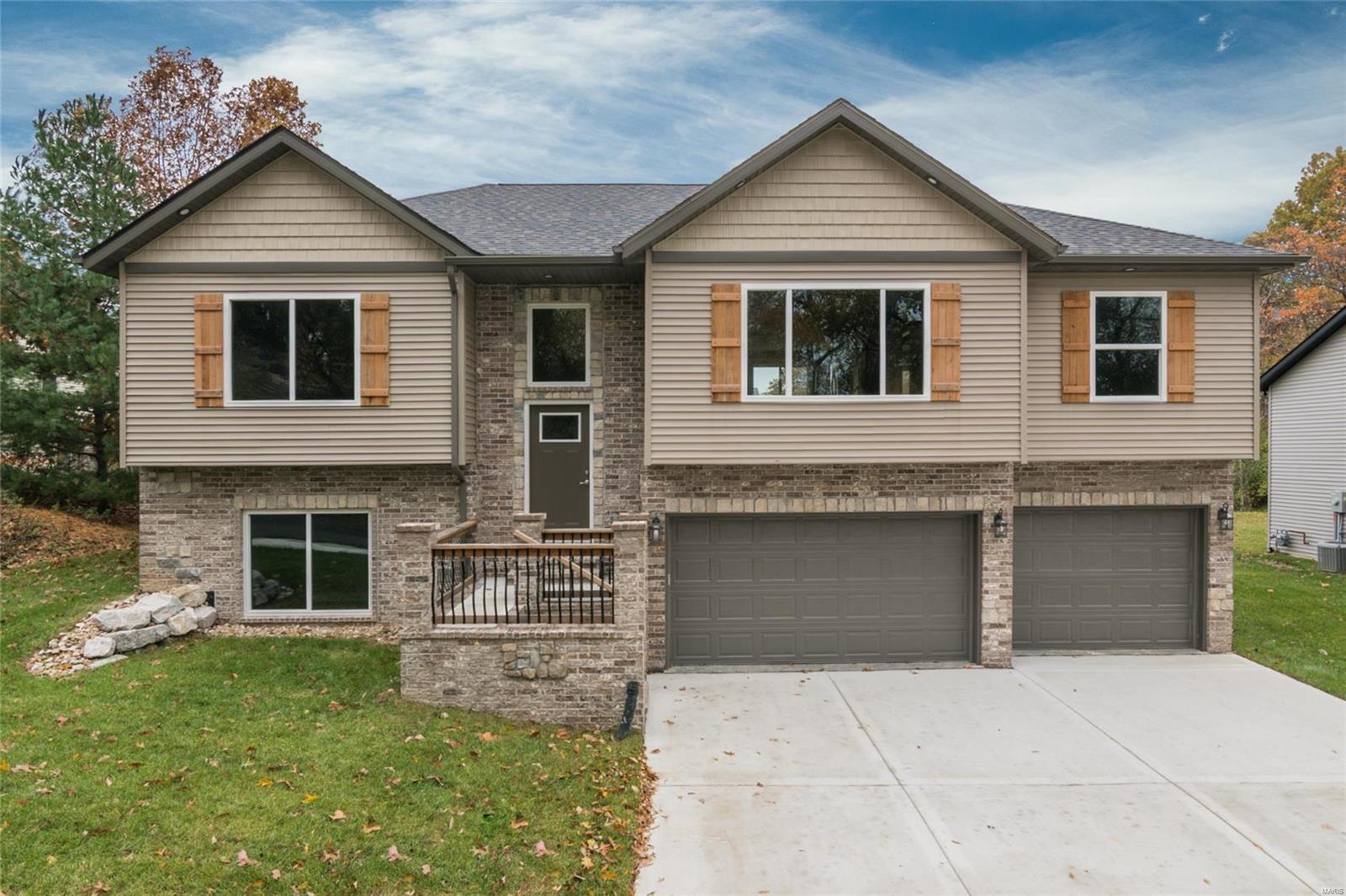 1205 Pleasant Ridge Road Property Photo - Collinsville, IL real estate listing