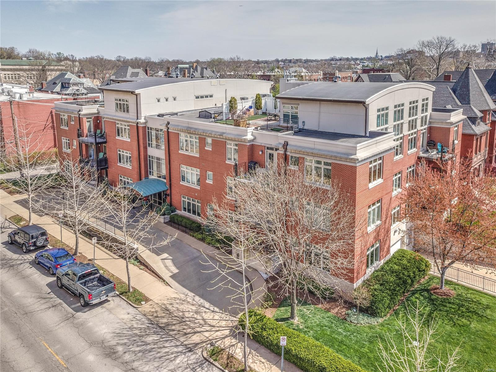 110 N Newstead Avenue #304 Property Photo - St Louis, MO real estate listing