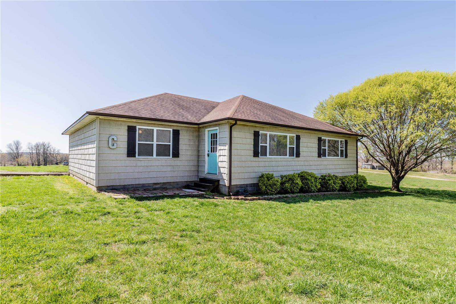 17870 Kim Avenue Property Photo - Campbell, MO real estate listing