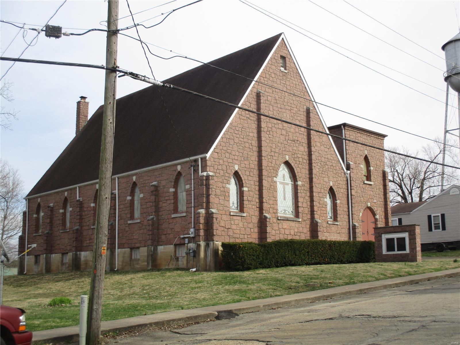 401 Park St Property Photo