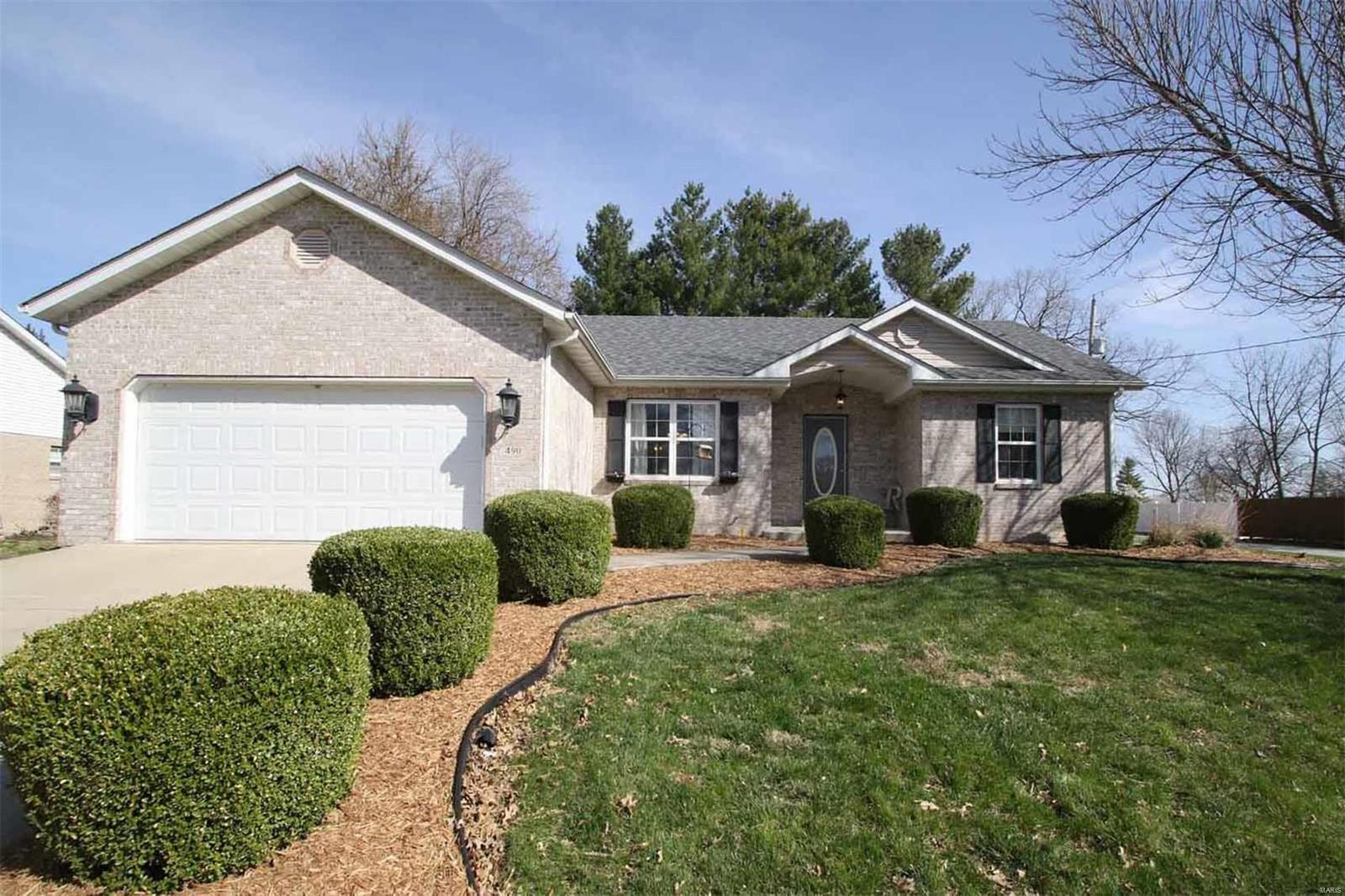 490 Sunset West Property Photo - Marine, IL real estate listing