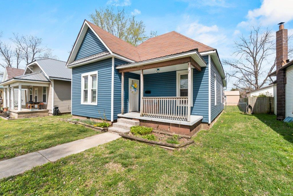 125 W Parker Avenue Property Photo - Chaffee, MO real estate listing