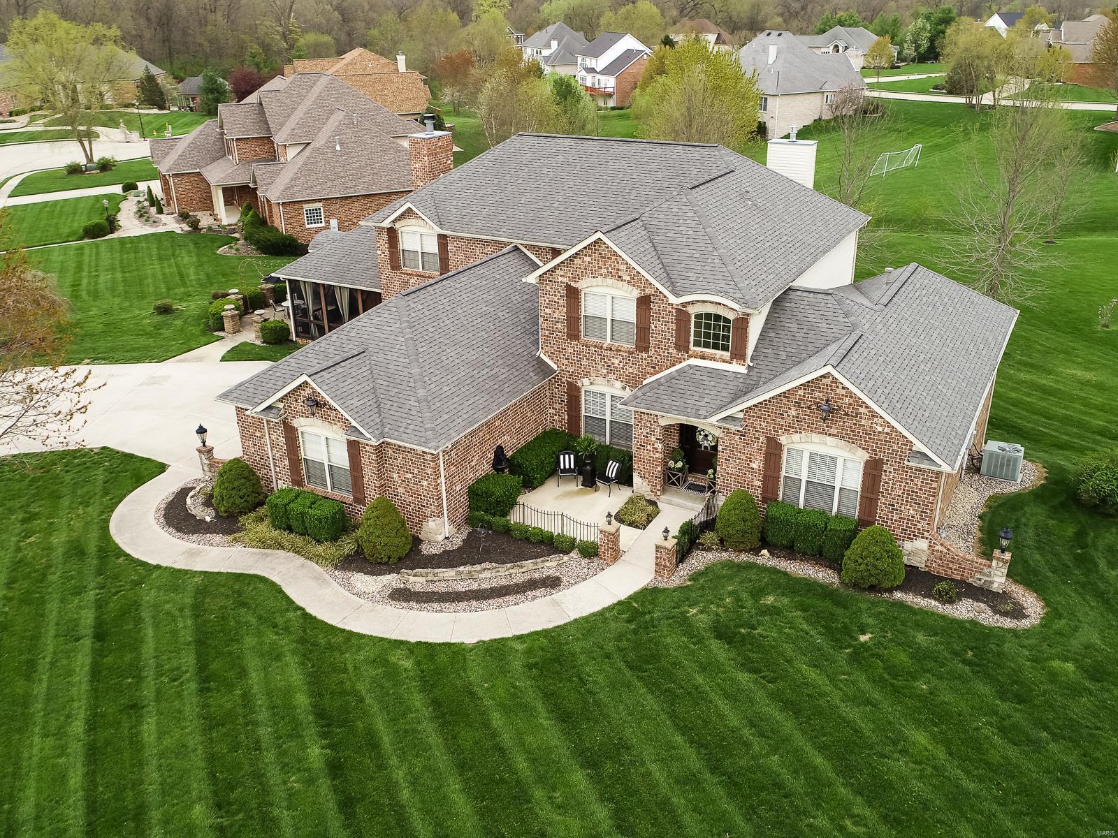 181 Berringer Drive Property Photo - O'Fallon, IL real estate listing