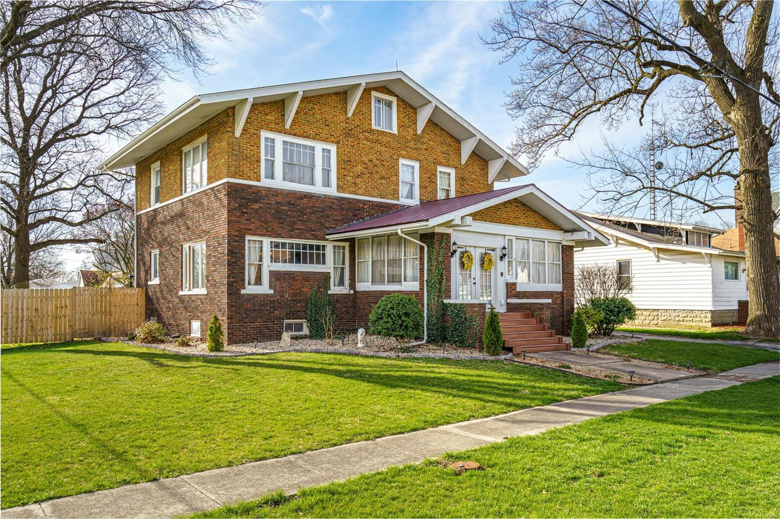 212 N Prairie Street Property Photo - Raymond, IL real estate listing