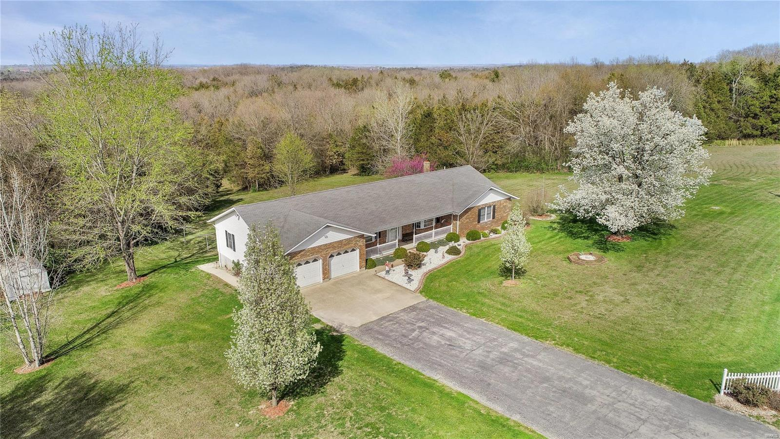 6 Clover Meadow Property Photo - Washington, MO real estate listing