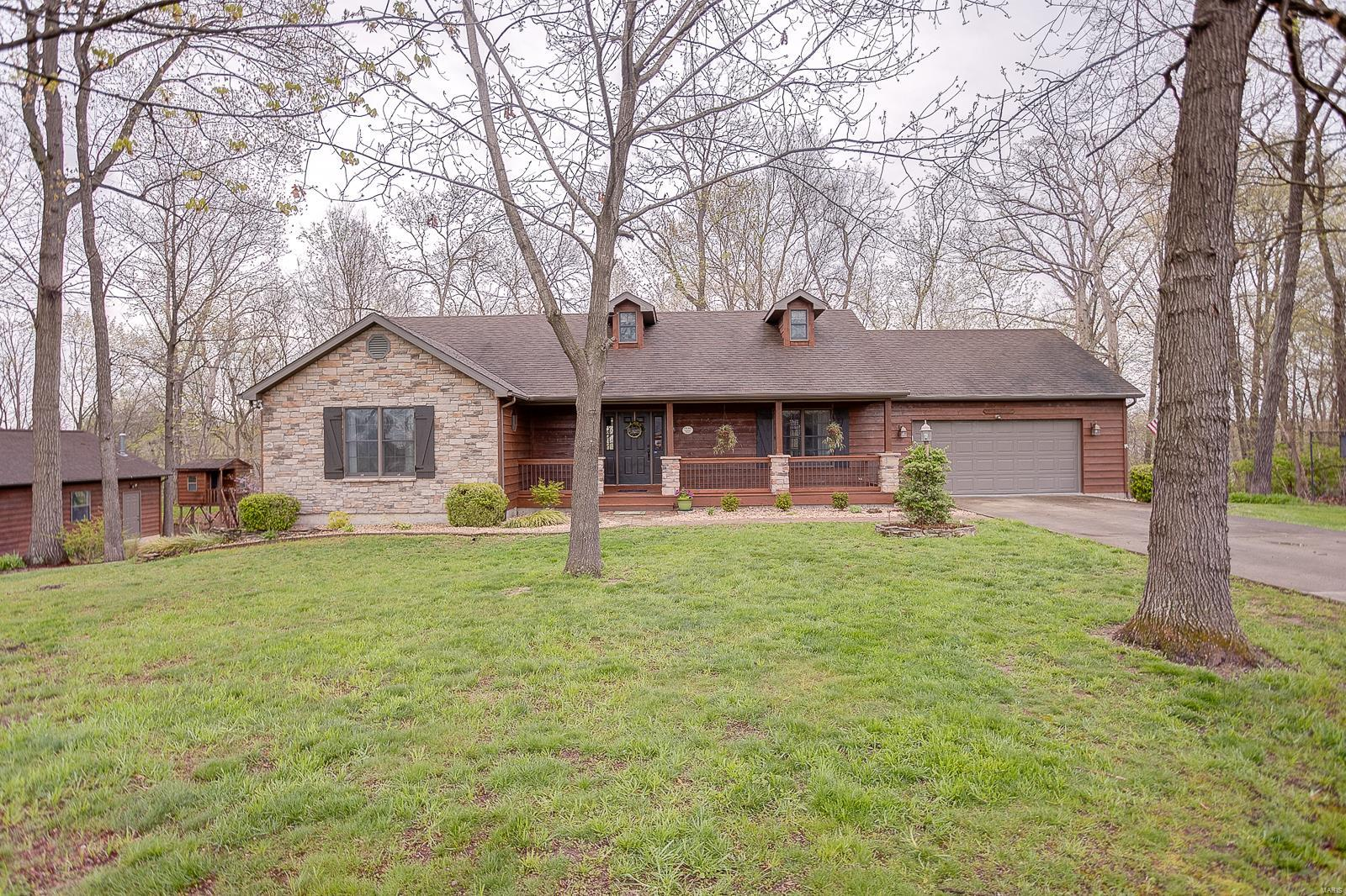 6556 Lake Forest Property Photo - Waterloo, IL real estate listing