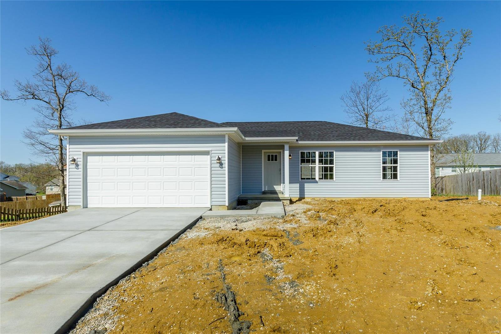 271 Village Circle Drive Property Photo - Winfield, MO real estate listing