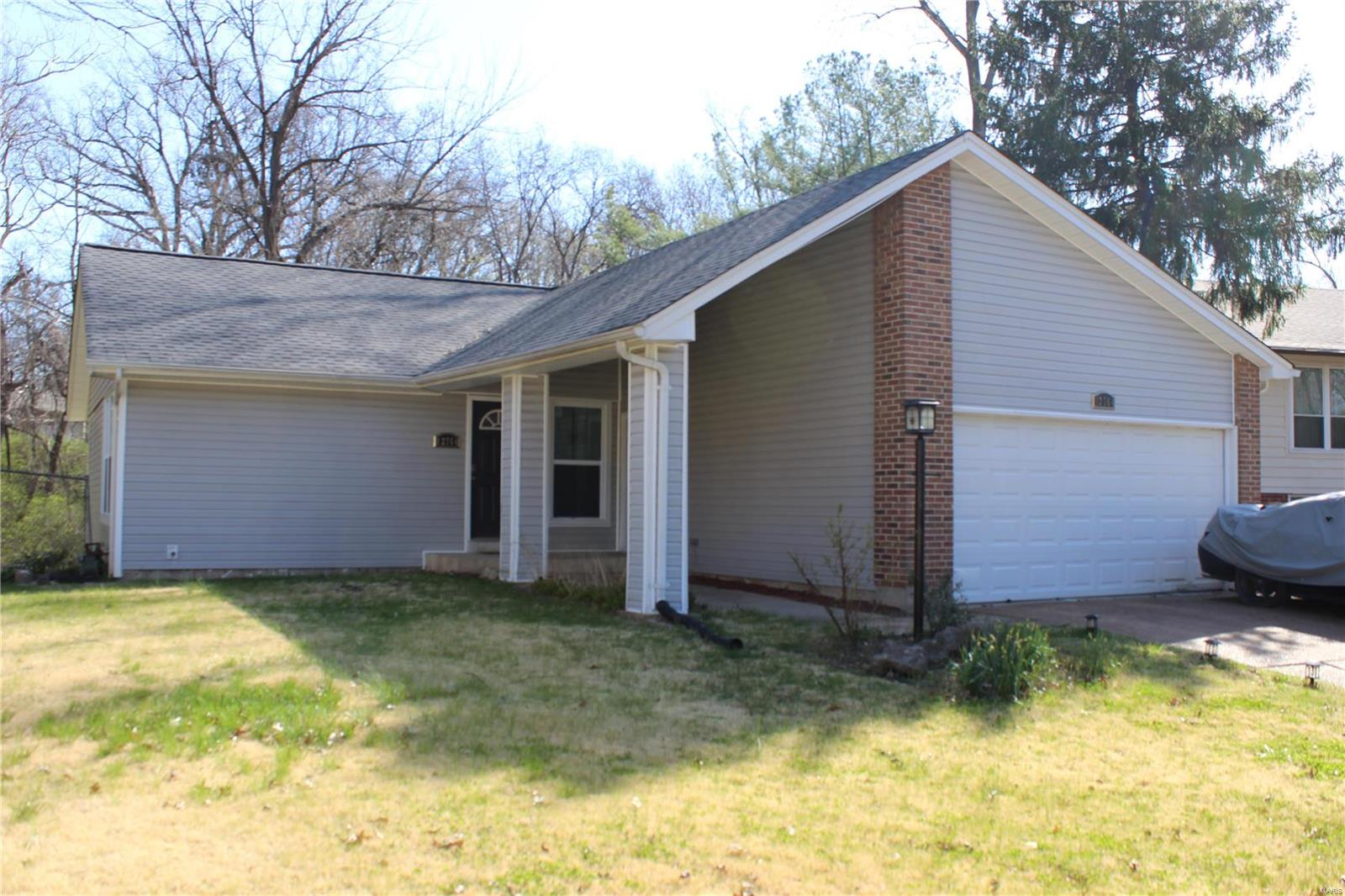 12764 Willow Trail Drive Property Photo - Black Jack, MO real estate listing