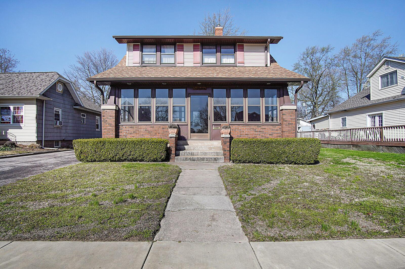 130 8th Street Property Photo - Wood River, IL real estate listing