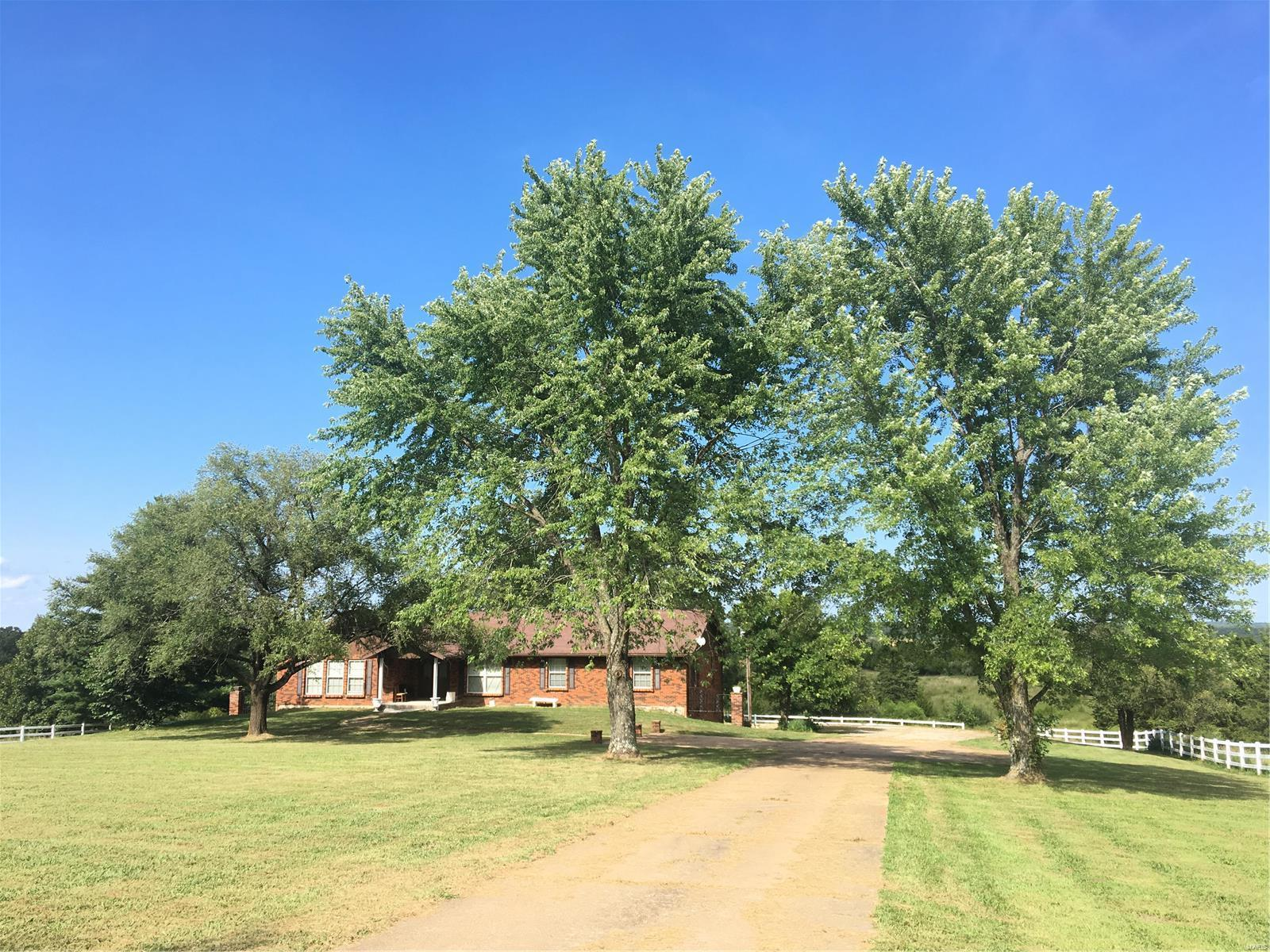 3967 Highway 19 Property Photo - Cuba, MO real estate listing