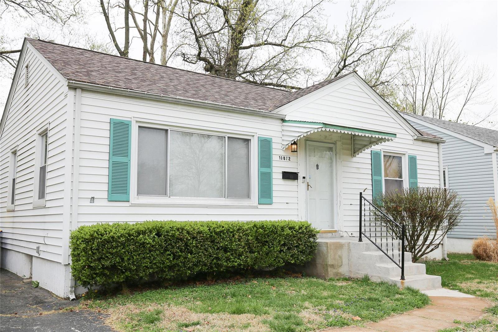 10872 Saint Francis Lane Property Photo - St Ann, MO real estate listing