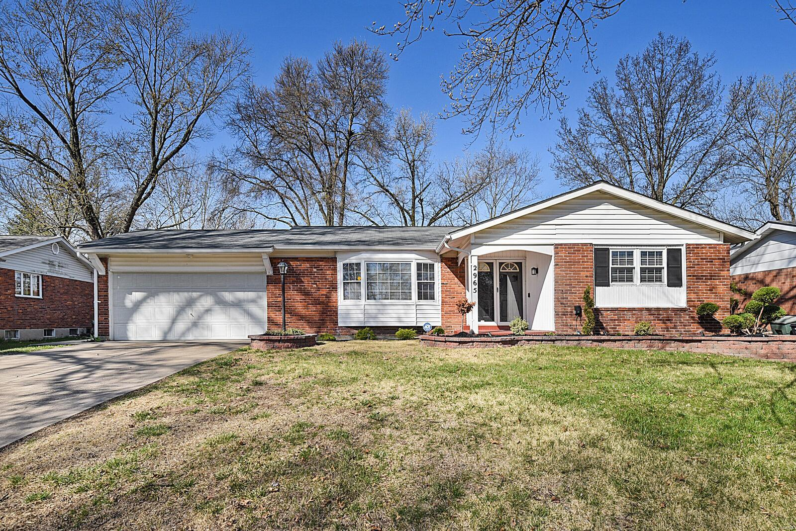 2965 Dover Drive Property Photo - Florissant, MO real estate listing