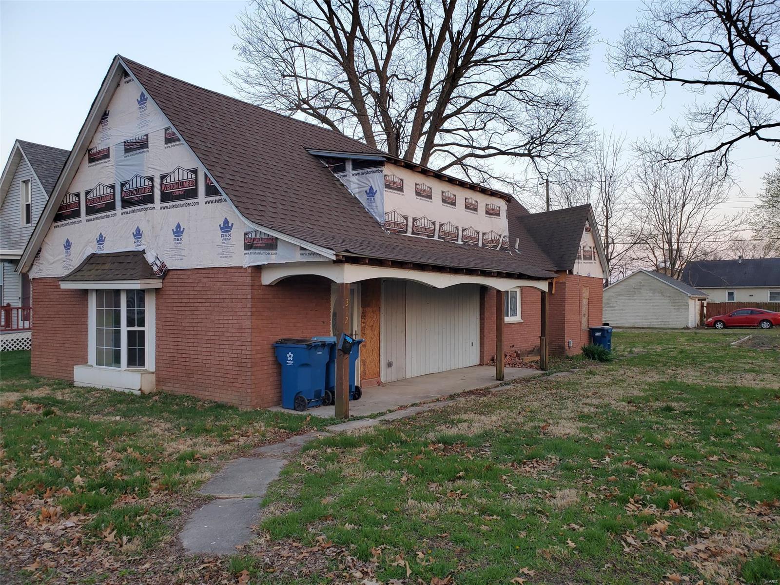 312 E 2nd Street Property Photo - Trenton, IL real estate listing