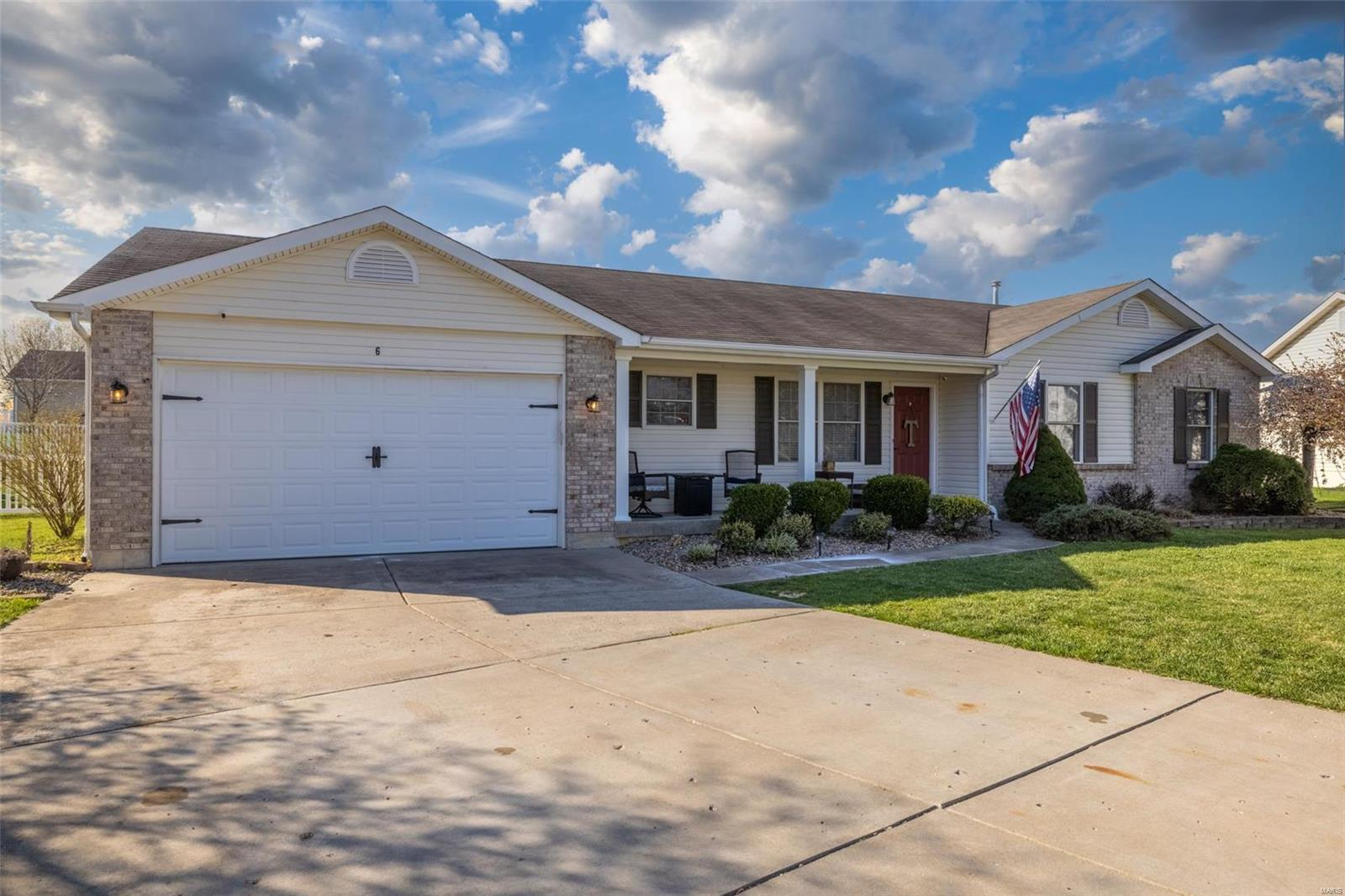 6 Bucktail Court Property Photo - Troy, MO real estate listing