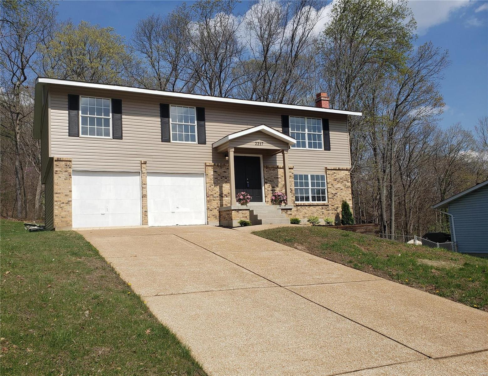 2217 Parkwood Property Photo - Barnhart, MO real estate listing