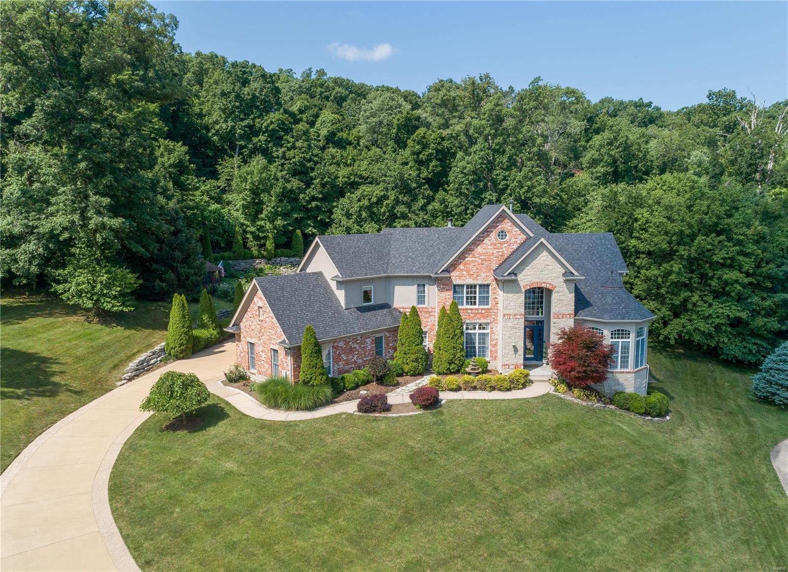 951 Summerset Parc Lane Property Photo - Fenton, MO real estate listing