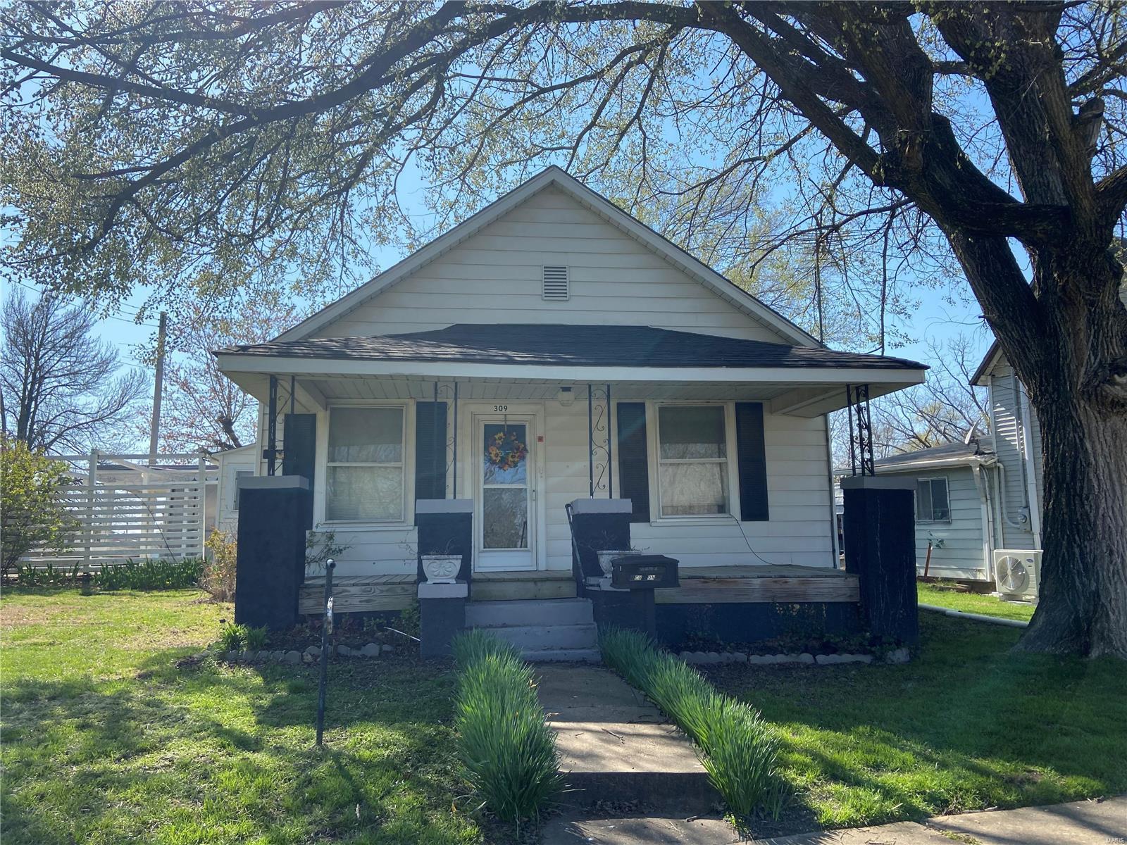 309 S School Property Photo - Desloge, MO real estate listing