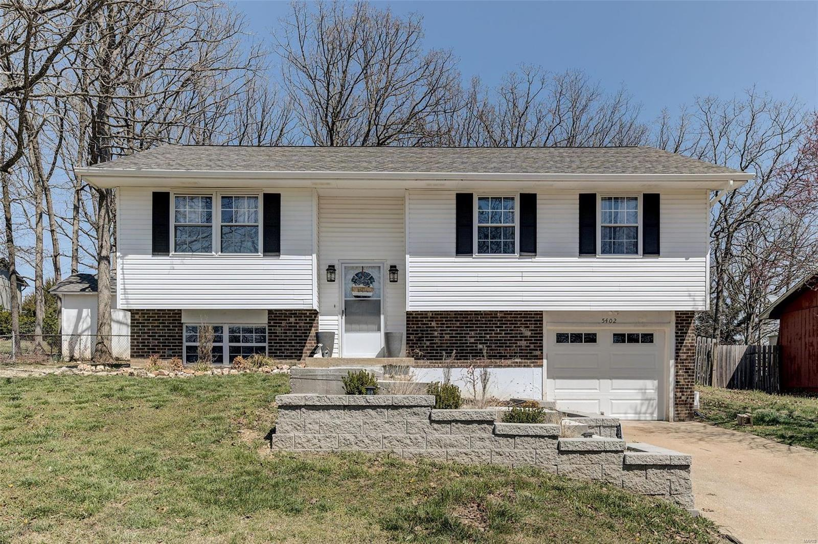 5402 Lakeview Lane Property Photo