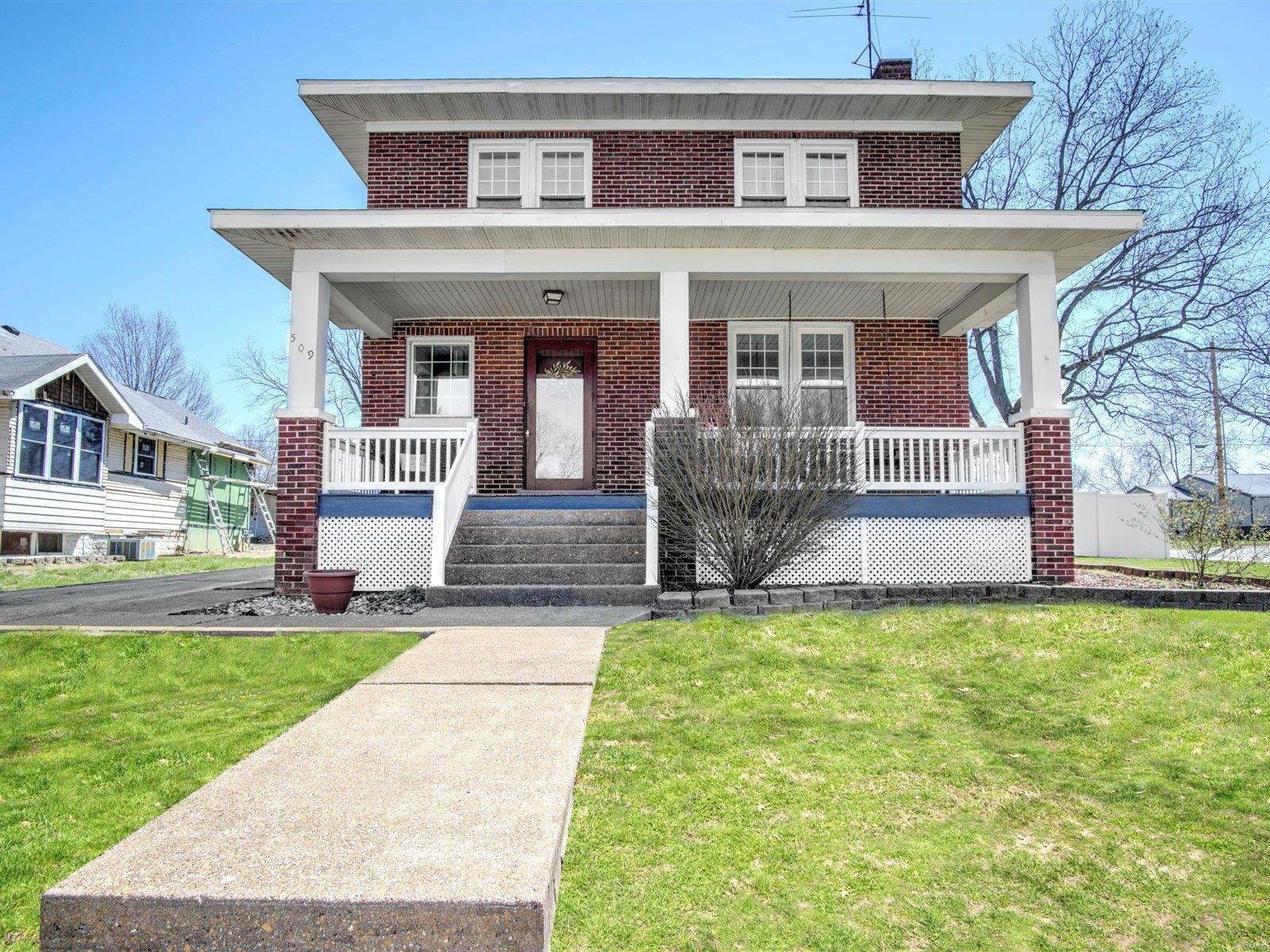 509 S Johnson Property Photo - New Athens, IL real estate listing