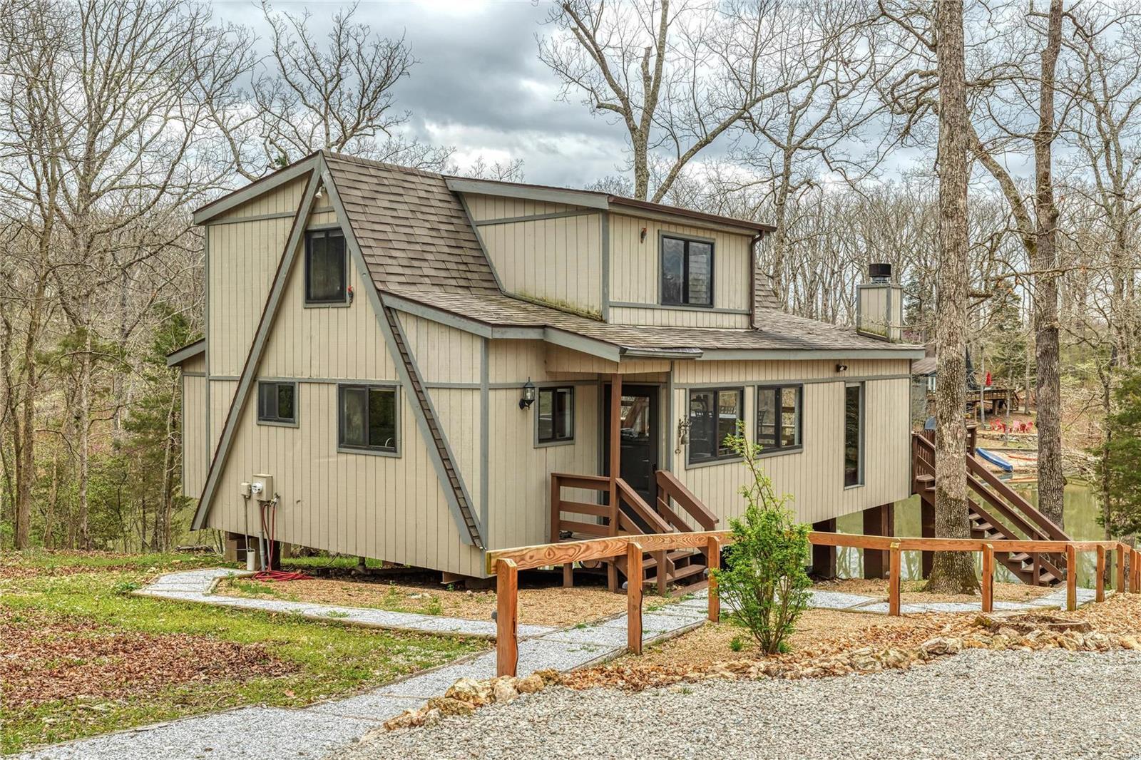 1246 Cardinal Oaks Drive Property Photo - Innsbrook, MO real estate listing